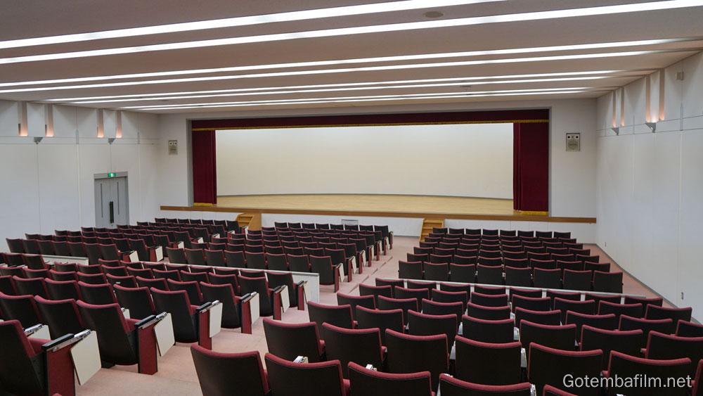 加藤学園御殿場キャンパスのホール